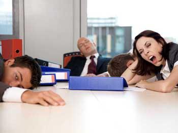 Сънливи ли сте следобед? Не се притеснявайте – това е напълно нормално!